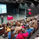 Palestra Matemática & Magia por Carlos Marinho na Escola Secundária de Lousada